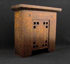 Doorbell cover - The Mackintosh   In Quartered Oak @Gracia Gomez-Cortazar Brillantes-Evangelista And Craftsman Woodworks