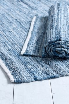 Ellos Home Trasmatta Riverside cm Nordic Style, Scandinavian Style, Textile Recycling, Cafe Shop, Recycled Denim, Beach House Decor, Woven Rug, Modern Rustic, Handicraft