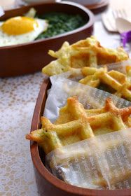 Recipes for my bent Gruyre potato waffles Crepes, Cooking Chef, Cooking Recipes, Fingers Food, Potato Waffles, Cheese Waffles, Little Lunch, Good Food, Yummy Food