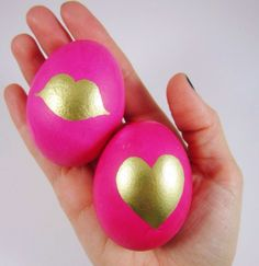DIY Pink and Gold Painted Easter Eggs by Gold Standard Workshop