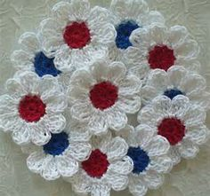 Red, White and Blue Crochet Daisy Flowers - set of 16 Appliques ...