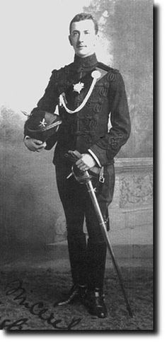 Indian Army: 1st Gurkha Rifle Regt. c1890 The 1st battalion took to wearing rifle green in 1888 and this officer wears the typical British rifle regiment uniform. It differed markedly from the uniform worn by Gurkha native officers in that the well-tailored tunic was decorated with 5 rows of black braid. The collar and cuffs were scarlet and his sleeve is embellished with an Austrian knot to show that he is below the rank of captain, and the two pips on his shoulder denote lieutenant rank.
