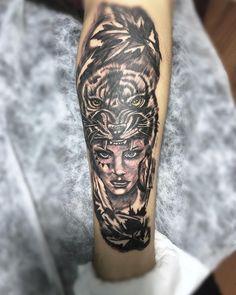 #kaplandövmesi #tigertattoo #tiger  #girltigertattoo Tiger Tattoo, Portrait, Tattoos, Instagram, Tatuajes, Headshot Photography, Tattoo, Portrait Paintings, Drawings