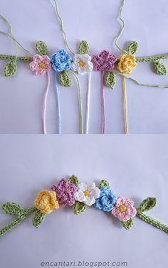 How to Crochet a Little Fox - Free Amigurumi Pattern - Flower Wreath / Crown Crochet Flower Patterns, Crochet Flowers, Pattern Flower, Single Crochet Decrease, Double Crochet, Crown Pattern, Free Pattern, Crochet Yarn, Crochet Hooks