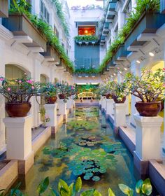 Entry to spa at Mandarin Oriental Hotel, Bangkok - www.mandarinoriental.com/bangkok/