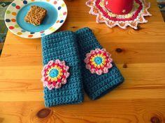 Easy Crochet Wrist Warmer Tutorial - Bunny Mummy