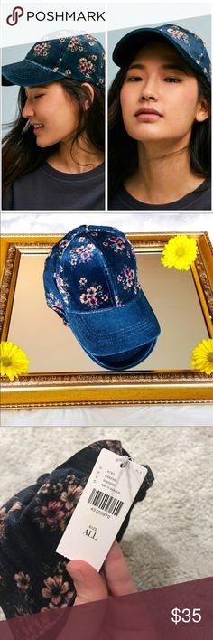 Anthropology Floral Navy Velvet Hat NWT!! Nothing wrong with it, I just have too many hats! Anthropologie Accessories Hats