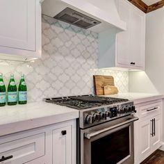 200 2020 Backsplash Tile Trends Ideas In 2021 Tile Trends Waterjet Mosaic Tile Mosaic Tiles