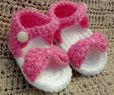 Crocheted Bow Sandals by MamaTCrafts on Etsy, $15.00