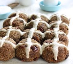 Healthy, allergy friendly, high-fibre hot cross buns | Gluten, dairy, sugar and nut free