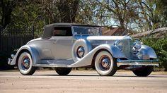 Antique Cars Photos