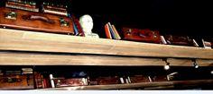 """Restaurante ALGO ASÍ (Plaza de la Moraleja. Madrid). """"Algo Así"""" es un restaurante con encanto en el que los detalles vintage crean una atmósfera especial: maletas de cuero, globos terráqueos, libros antiguos... Destaca también nuestro suelo de ajedrez, en blanco y negro, en contraste con la madera. Un espacio luminoso y acogedor, con mucha personalidad. #restaurante #diseño #interiorismo #vintage #gastronomía #moraleja #madrid #store #ideas #inspiration #cute #chester"""