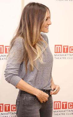 Celebrity-Inspired Balayage Hair Color Ideas You Should Definitely Try This Fall, Frisuren, Sarah Jessica Parker. Brown Ombre Hair, Ombre Hair Color, Hair Color Balayage, Light Brown Hair, Hair Highlights, Dark Hair, Brown Hair Colors, Fall Balayage, Color Highlights