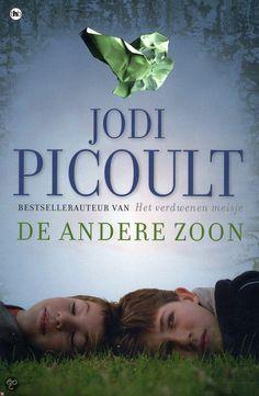 (B)(2011) De andere zoon - Jodi Picoult - Een 18-jarige jongen met het syndroom van Asperger staat terecht voor moord, maar vanwege zijn intelligentie wordt zijn stoornis niet herkend. Genre(s) : psychologische roman familieroman