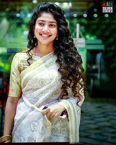 Malar is pretty in saree Beautiful Girl Photo, Beautiful Girl Indian, Most Beautiful Indian Actress, Beautiful Actresses, Kerala Saree Blouse, Sai Pallavi Hd Images, Indian Women Painting, Beautiful Heroine, Senior Girl Poses