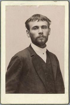 Gustav Klimt - Photo as a young man