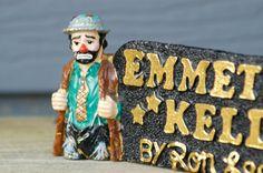 Vintage1991 Emmett Kelly Sr. Clown Display Piece by TreasuryShop on Etsy https://www.etsy.com/listing/158255648/vintage1991-emmett-kelly-sr-clown