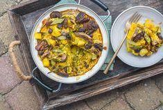 Biologische Bobotie (vega) - Hofweb Delicious Recipes, Yummy Food, Paella, Curry, Vegetarian, Dinner, Ethnic Recipes, Africa, Dining