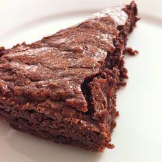 swedish chocolate cake via 3polkadots