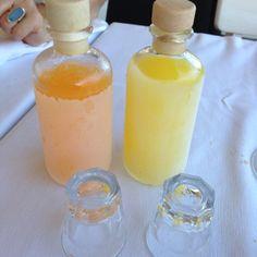 Limoncello und andere Liköre immer im Eisfach aufbewahren. Leckeres Dessert nach dem Dessert