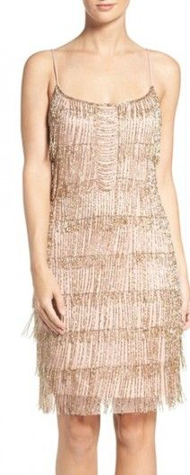 A very chic vintage dress that reminds us the flapper roaring 20's