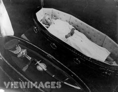 For sixteen years, the whereabouts of Eva's body remained a mystery. Finally, in 1971, Eva's body was discovered in a grave under a false name outside of Rome. It was exhumed and flown to Spain where Juan Peron kept the corpse in an open casket on the dining room table in his villa. Juan was now married to third wife Isabel who combed the corpse's hair in a daily devotion. This picture was taken in 1974, twenty-two years after her death. #history #creepy #death #life