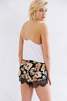 Motel Petty Cropped Cami (in white and black)
