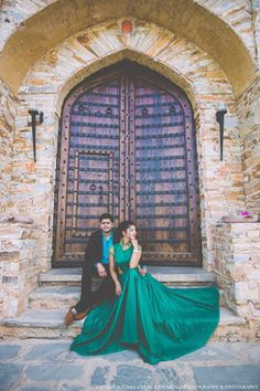 "Vivek Chawla Studio - Cinematography & Photography ""Portfolio"" Love Story Shot - Bride and Groom in a Nice Outfits. Best Locations WeddingNet #weddingnet #indianwedding #lovestory #photoshoot #inspiration #couple #love #destination #location #lovely #places"