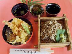 三味茶屋: [昼] ミニ天丼そばセット, [夜] かき明太子焼とお通し