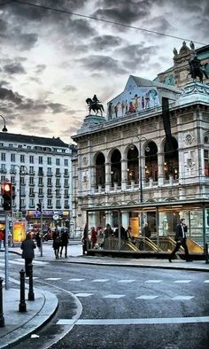 Vienna Opera House, Austria | by serhat tümer My daily sight while abroad :)