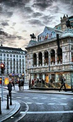 Vienna Opera House, Austria | by serhat tümer My daily sight while abroad :) DiAiSM ATELIERDIA TJANTEK ART SPACE atElIEr dIA  ACQUiRe UNDERSTANDING