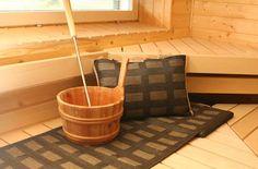 Saunatekstiilit Outdoor Sauna, Sauna Room, Saunas, Western Red Cedar, Extra Seating, Garden Furniture, Benches, Simple Designs, Inspiration