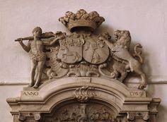 Armorial monument to Jan Jacob van Westrenen and his wife, at Jacobikerk in Utrecht, Netherlands Utrecht, Bury, Netherlands, Lion Sculpture, Van, Statue, The Nederlands, The Netherlands, Vans