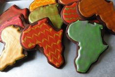 We can help you with your creative side for a Sole Hope shoe cutting party, Ambassador event or anything else Africa related! This STAINLESS STEEL Africa Cookie Cutter is a cut above the rest! Africa Theme Party, African Party Theme, African Cake, Deco Restaurant, Iced Cookies, Sugar Cookies, Safari Party, Thinking Day, Shaped Cookie