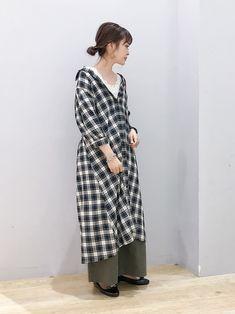 秋の強い味方!チェックシャツワンピースの7変化コーデ集 - LOCARI(ロカリ) Wrap Dress, Shirt Dress, How To Wear, Shirts, Detail, Dresses, Fashion, Vestidos, Moda