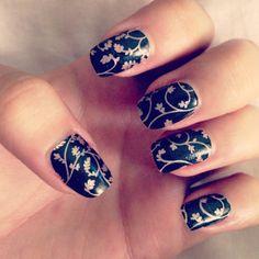 Nails incoco