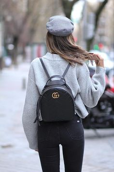 Today we are going to make a small chat about 2019 Gucci fashion show which was in Milan. When I watched the Gucci fashion show, some colors and clothings. Gucci Purses, Gucci Handbags, Luxury Handbags, Gucci Bags, Gucci Mini Bag, Backpack Outfit, Backpack Bags, Fashion Backpack, Mini Backpack
