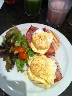 Eggs Beneditch -  The Breakfast Club Hoxton, London