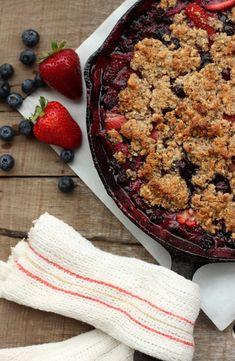 Grain-free Strawberry & Blueberry Crumble
