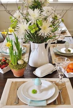 Sophia's: Cottage-Inspired, Casual Easter Brunch