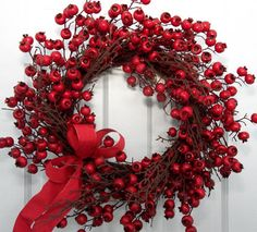 Holiday Red Berry Wreath - Creative Decorations by Ridgewood Designs