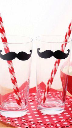 mustache cups !