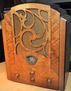 STEWART WARNER Model R1251A Art Deco Radio 1933 by RadioAge, $895.00