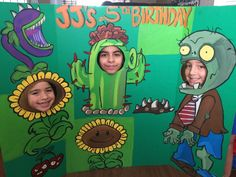 Plants Vs Zombies- Plants Vs Zombies Party- Plants Vs Zombies Decorations- Zombie Cutouts- PVZ Birthday- Plants Zombies photo op- Pvz booth