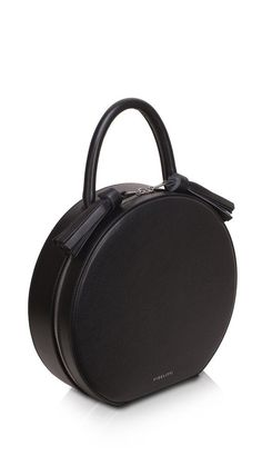 Color: Black Material: Calf leather Brunto Zip-fastener Solid handle 12cm height Sections / pockets (internal): 1 section, 2 pockets, one with zipper. Hand-pain