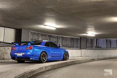 #Nissan #Skyline #ClassicBlueWithGoldRims