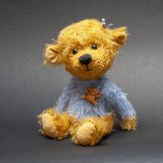 Ludwig by Teddy Pineapple - Bear Pile Baby Boutique Clothing, Bear Girl, Charlie Bears, Sheep Wool, Orangutan, Chipmunks, Panda Bear, Guinea Pigs, Mammals