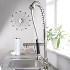 FRISHOPS offers different styles of faucets to fellow Canadians. We aim to compete with leading faucet providers such as Moen, Delta, Peerless, and Grohe to bring down the price of faucets.