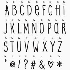 Set de 85 lettres et symboles en plastiques pour votre lightbox. Pour ajouter une touche de fun à votre lampe light box.