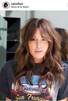 New Hair Cuts Wavy Bangs Colour Ideas Good Hair Day, Great Hair, Hairstyles With Bangs, Pretty Hairstyles, Fast Hairstyles, Bangs Hairstyle, Classy Hairstyles, Modern Hairstyles, School Hairstyles